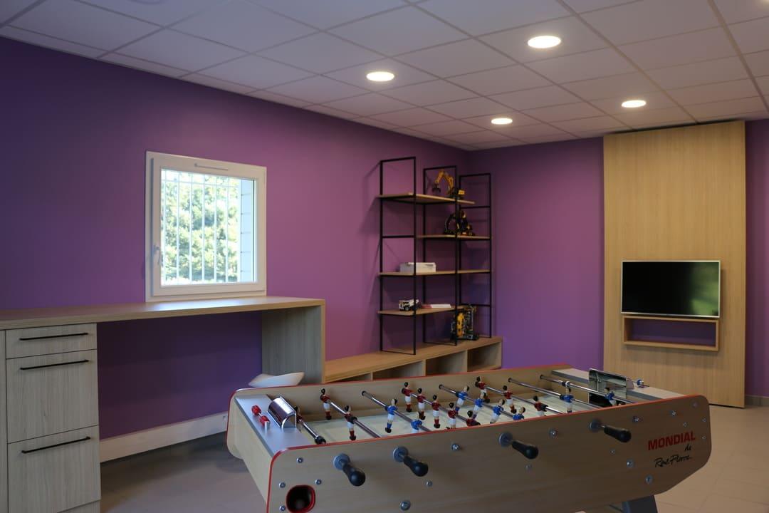 Aménagement salle détente au travail02