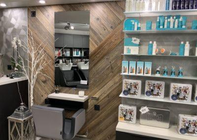 Rénovation partielle d'un salon de coiffure à Craponne04
