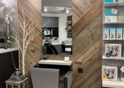 Rénovation partielle d'un salon de coiffure à Craponne05