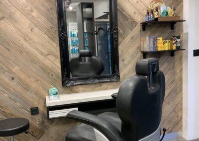 Rénovation partielle d'un salon de coiffure à Craponne06